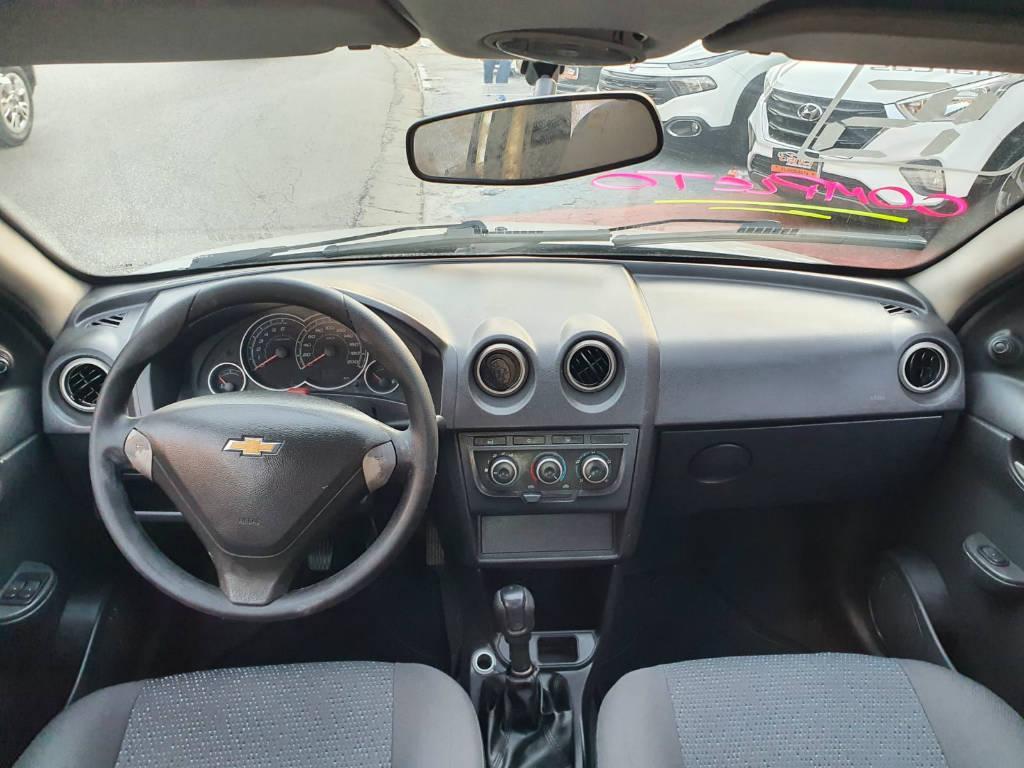Foto numero 8 do veiculo Chevrolet Celta 1.0L LT - Prata - 2014/2015